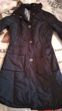 Продам куртку Colin's осень-весна