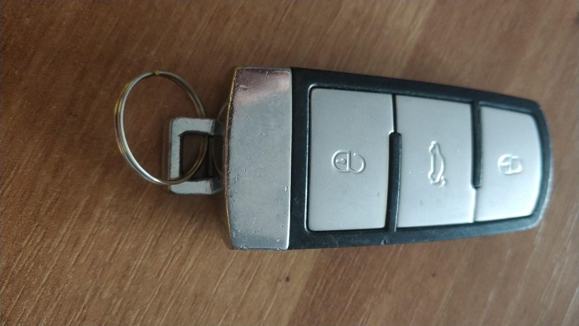 Cheie originală VW Passat sau Golf 5- cu cip