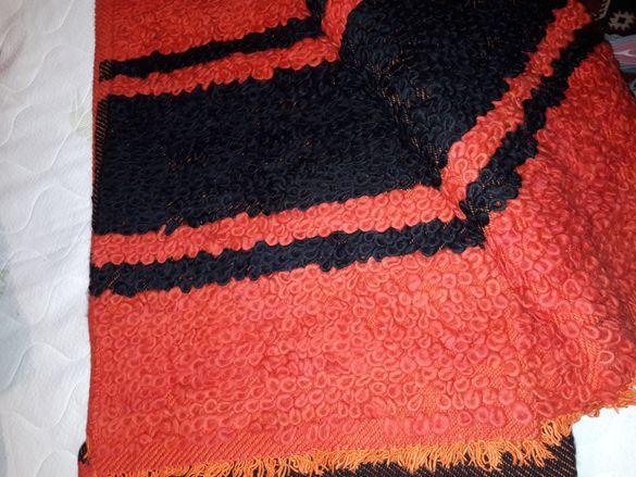 Домашно тъкани  вълнени одеала и юргани