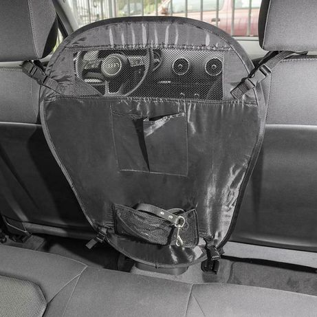 Сгъваема преграда за кучета в колата
