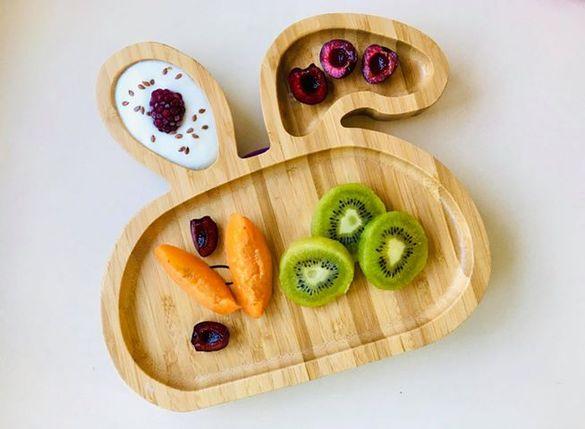 Бамбукова купичка/чиния за деца със силиконов обръч+лъжичка+ГРАВИРАНЕ
