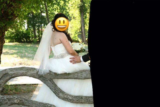 Vând rochie mireasa