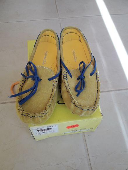 Нови жълти мокасинки