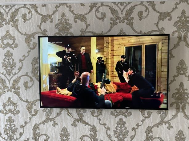 Телевизор 4 K Samsung 50 127 см