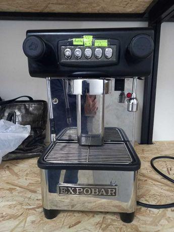 Продаем кофемашинку новая автомат