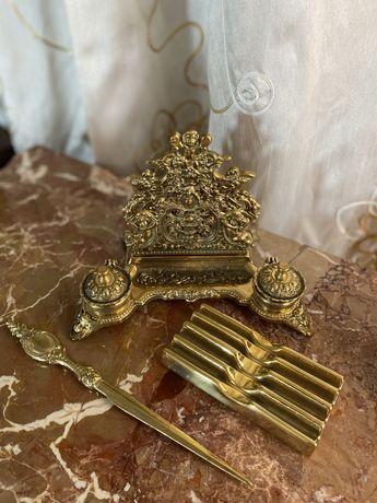 Calomara in bronz cu cutit si supprt in Bronz