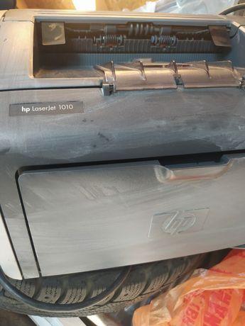 Продам принтер Hp laserjet 1010