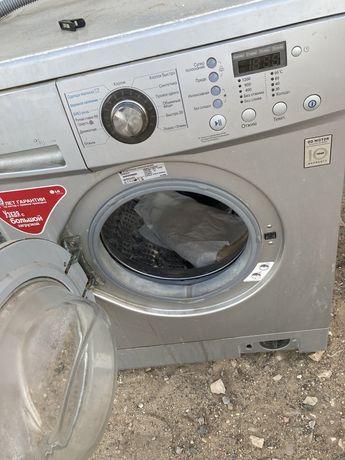 Продам б/у не рабочий холодильник и стиральную машинку