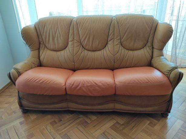 Продам диван и кресло кожаные