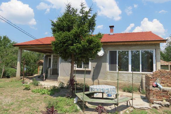 Напълно реновирана къща в село Спасово (20км от Дуранкулак - море))
