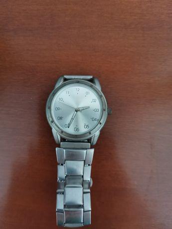 Vând ceas barbatesc