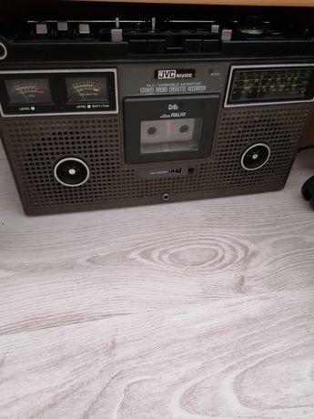 De vînzare Radio casetofon jvc 9745 din anul 1977 stare impecabilă JPN