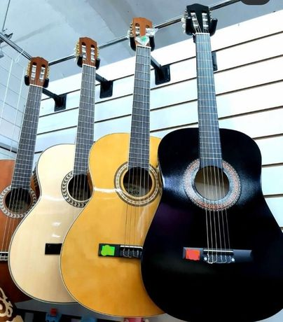 Классическая гитара Adagio KN 39 R. По самым низким ценам.