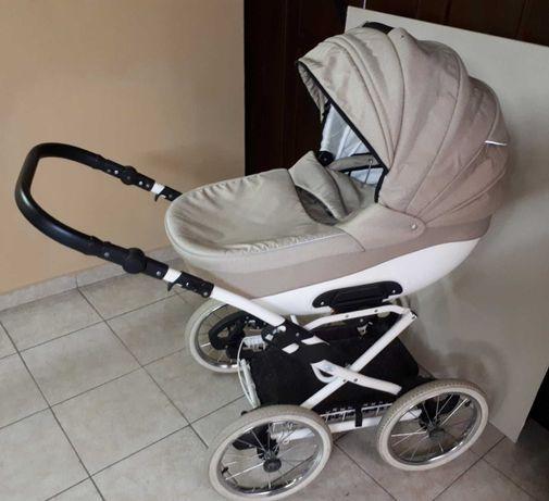 Бебешка количка 2 в 1 BEXA LINE с летен и зимен кош