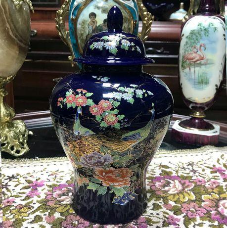 Vaza din portelan / cobalt in stil japonez Inaltime : 30 cm
