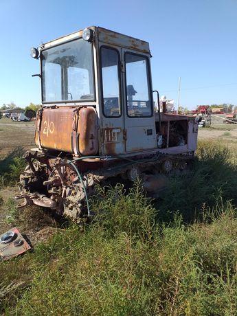 Продаются 3 гусеничных трактора т4