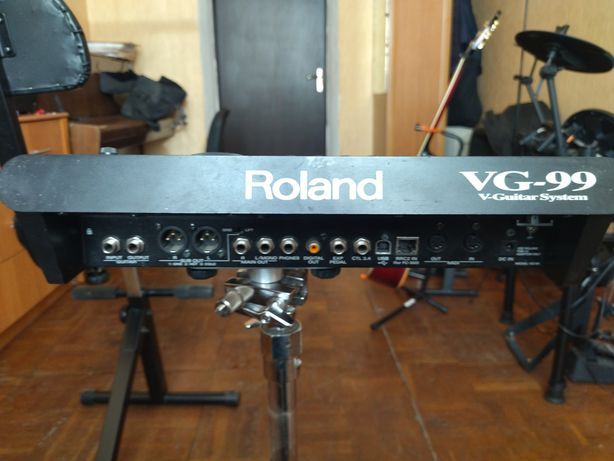 Гитарный синтезатор (процессор) Roland VG-99