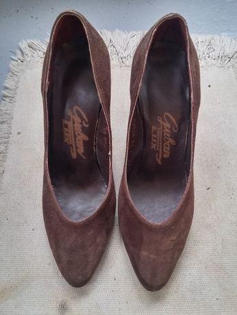 Pantofi Guban antilopa maron