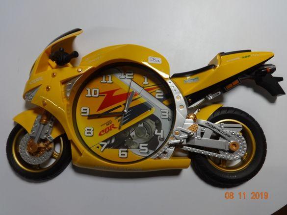 Часовник Мотор Мото сувенир стенен Хонда Honda пистов мото CBR