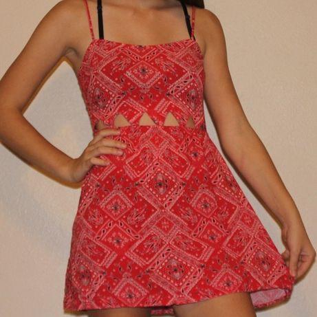 Намалена! Дамска червена рокля H&M divided, размер 36