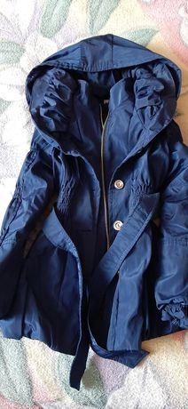 Продам детские куртки размеры разные