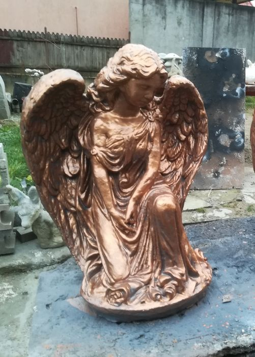 îngeraș  statuie Zalau - imagine 1