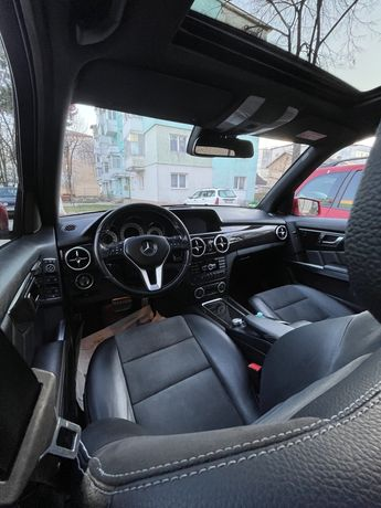 Mercedes GLK/4X4/Harman Kardon3D/Panoramic/Webasto/ParkAssist