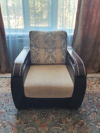 Продам одно кресло