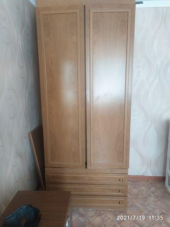 Продам шкаф в хорошем состоянии. Качество хорошее. Белорусская.