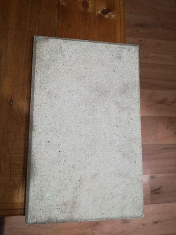 Продавам немски, неупотребявани керамични плочки за електропещ