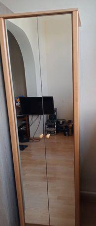 Продам шкаф с зеркалом