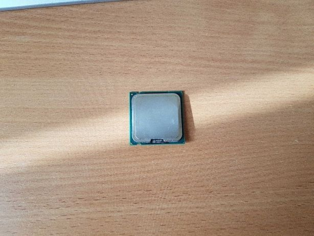 Продам Celeron 1.8ghz/128/400