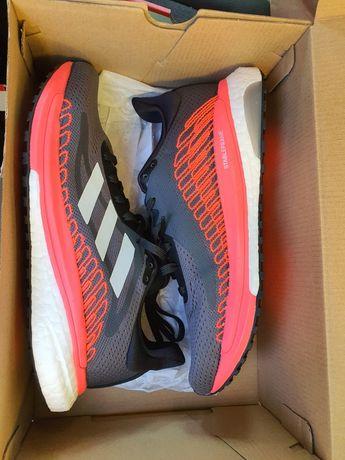 Vând Adidași Nike
