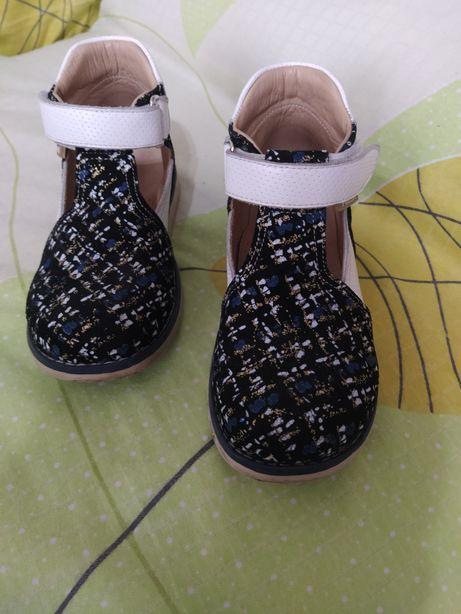 Продам ортопедические сандали!!!