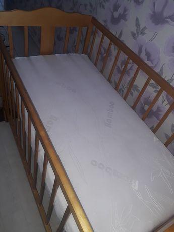 кровать детский с матрасом
