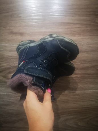 Детские ботинки новые