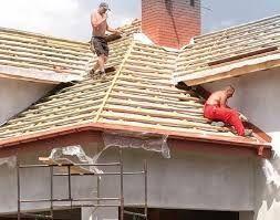 Facem acoperișuri și reparații de urgenta