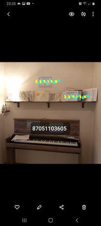 Стол подставка стойка для фортепиано
