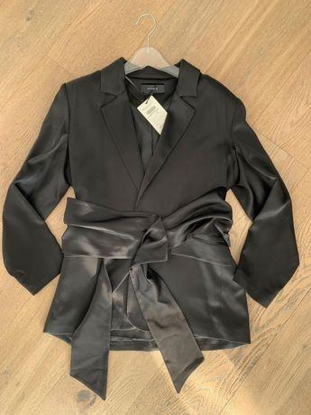 Шикарный новый костюм Uterque