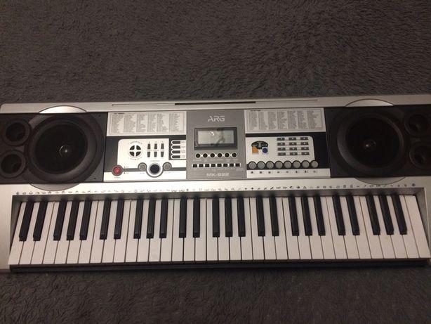 Продам или обменя хороший синтезатор