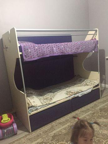 Продам кровать двухярусная  Белоруссия б/у