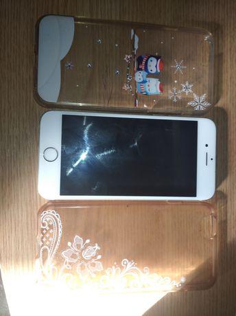 iPhone 6s 16 GB+3 huse pentru (piese)