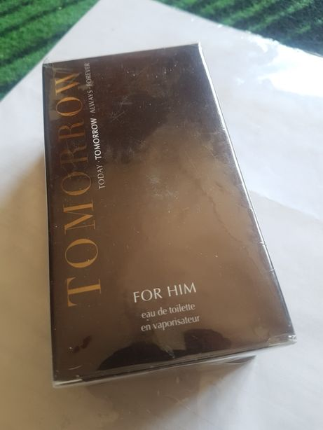 Apa toaleta TOMORROW for HIM Avon 50 ml