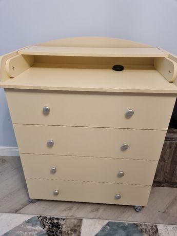 Продам камод-пеленальный стол, в идеальном состоянии, новый