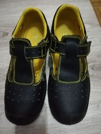Sandale de lucru saboti