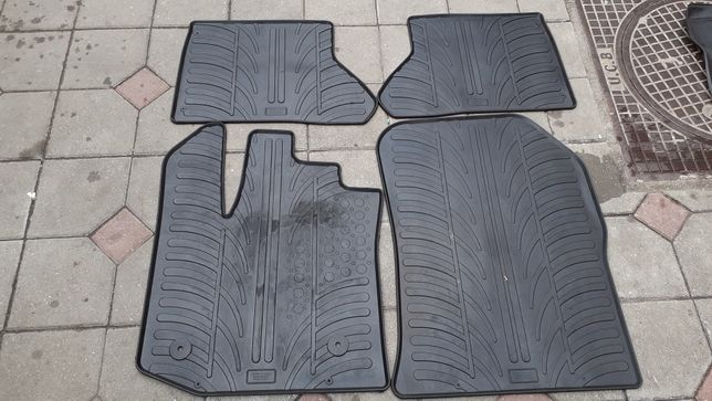 Preșuri +tavita portbagaj Dacia Dokker si Lodgy