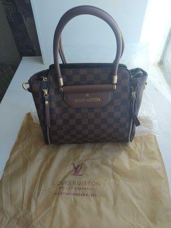 Louis Vuitton сумка и кошельки