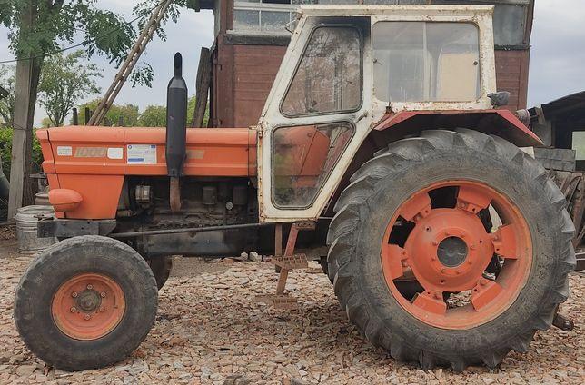Vând tractor fiat