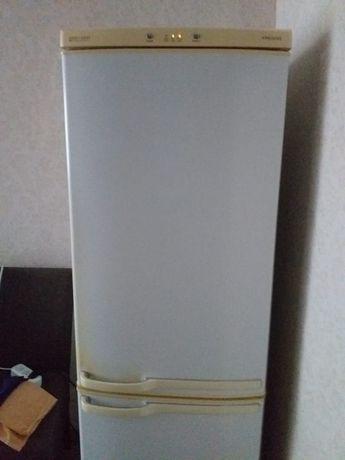 Холодильник Sumsung б/у