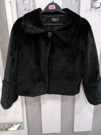 Дамско черно палто!